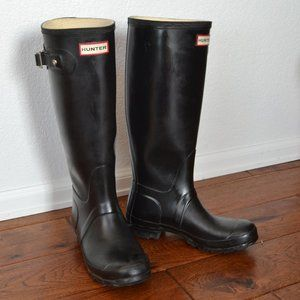 "Hunter Women's ""Huntress"" Tall Boots size 5"